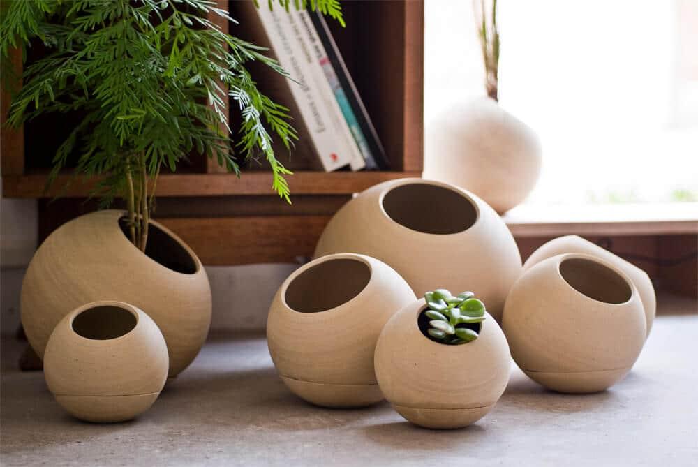Pots de fleur et soucoupe en céramique artisanale