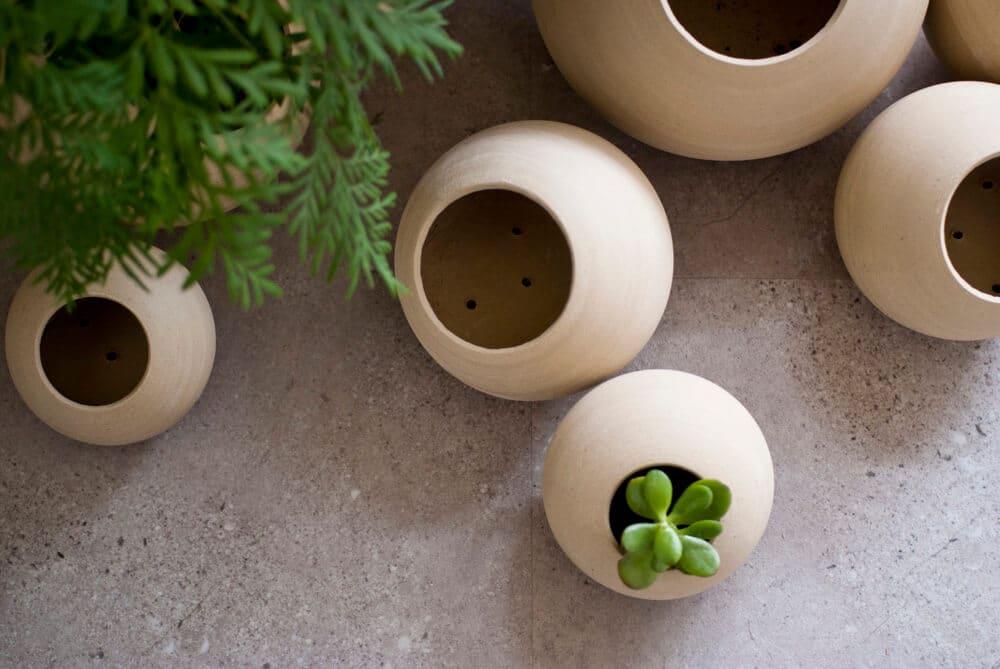 Pots de fleur en céramique