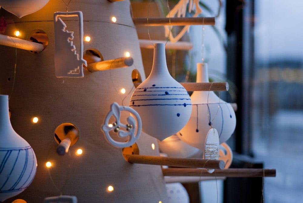 Boules de Noël en porcelaine