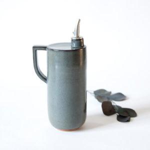 Huilier gris en céramique artisanale